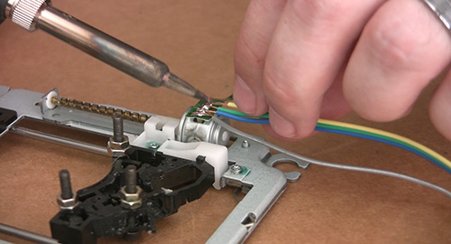 old CD-ROM's into a CNC Machine | Tinkernut Labs | The ... on
